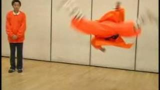 Shaolin Kung Fu Stretches & Moves | Butterfly Kick in Shaolin Kung Fu